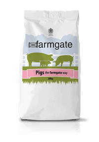 Wishing Wells Farm Animal Farmgate Sow and Weaner Nuts and Rools Pig Feed